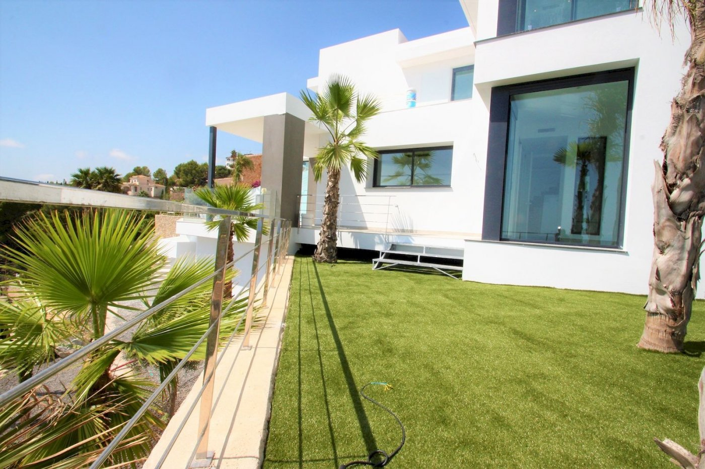 New modern style villa with sea views in Benissa