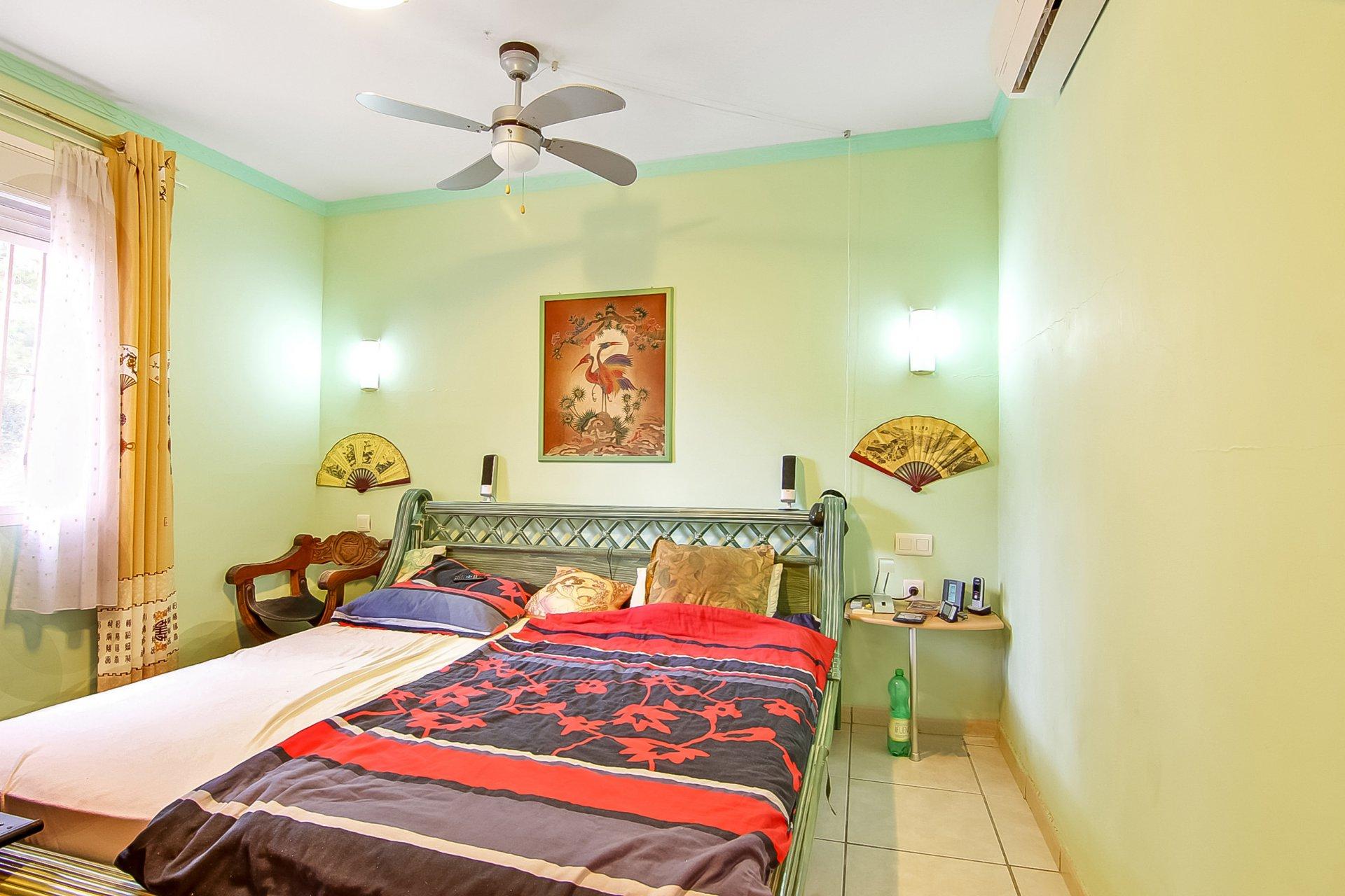 Villa de 3 chambres dans un quartier calme à Calpe