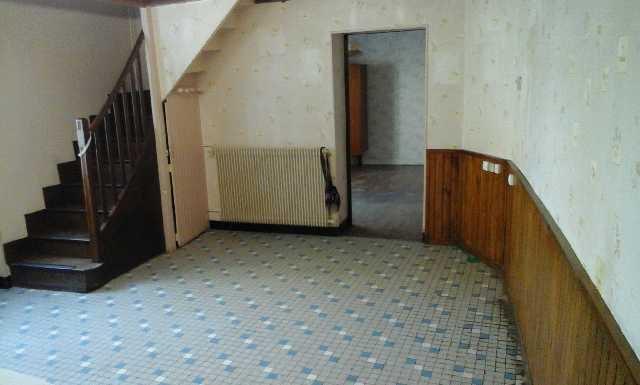 Maison habitable à restaurer - Secteur Mansle