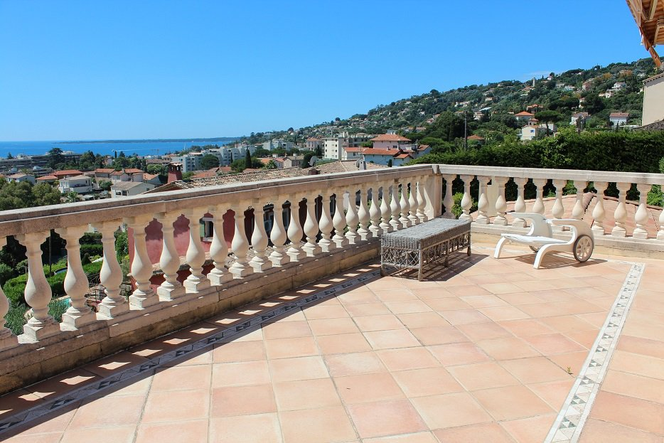French Riviera Golfe Juan Hill very beautiful sea view, quiet