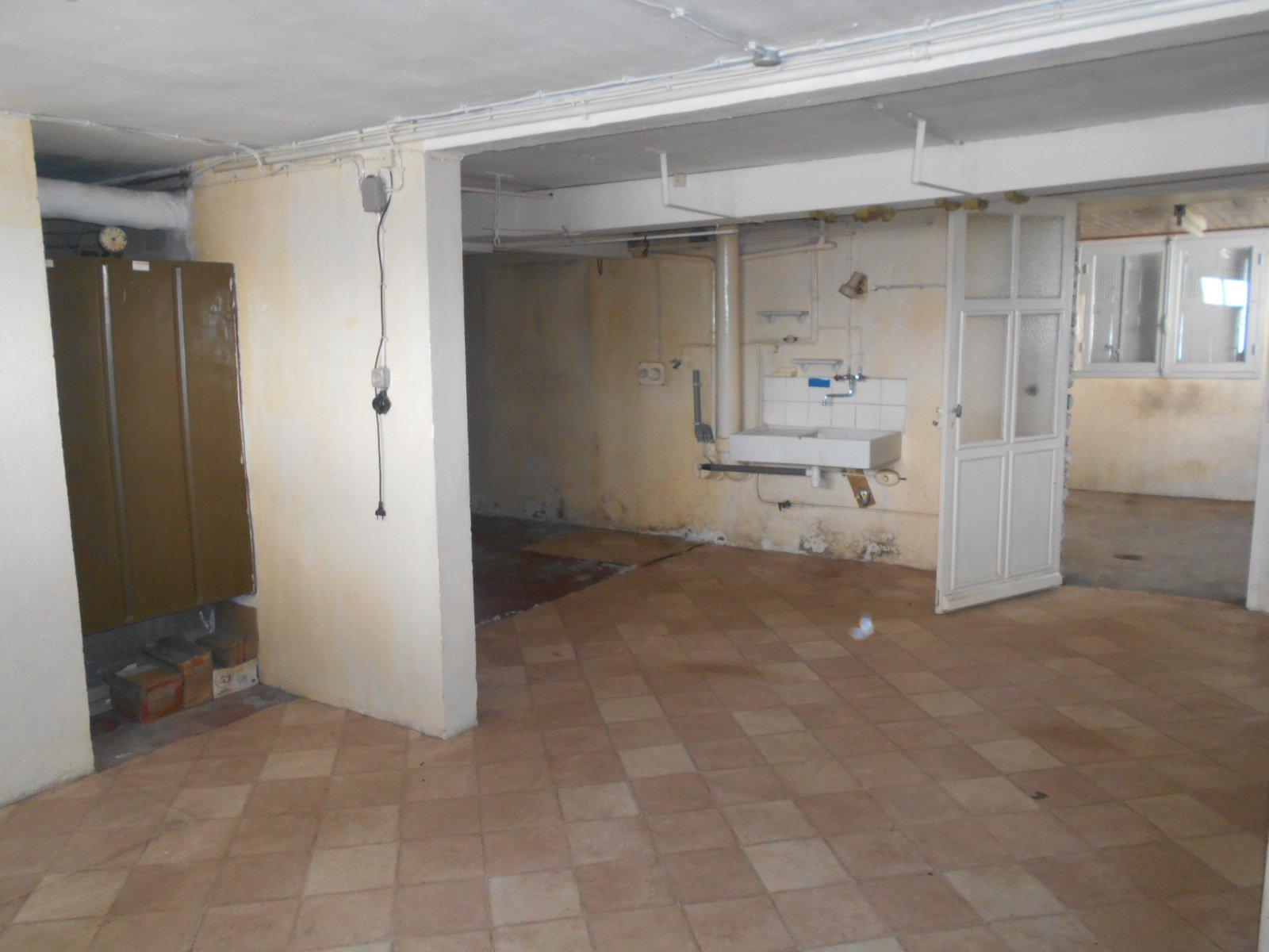 Pavillon sur sous-sol