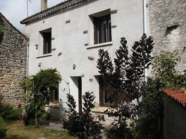 Village house near Mansle