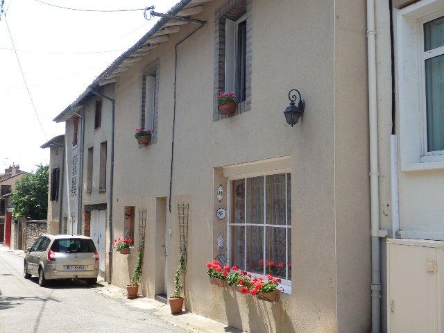 Stadthaus mit 4 Schlafzimmern in der Haute Vienne