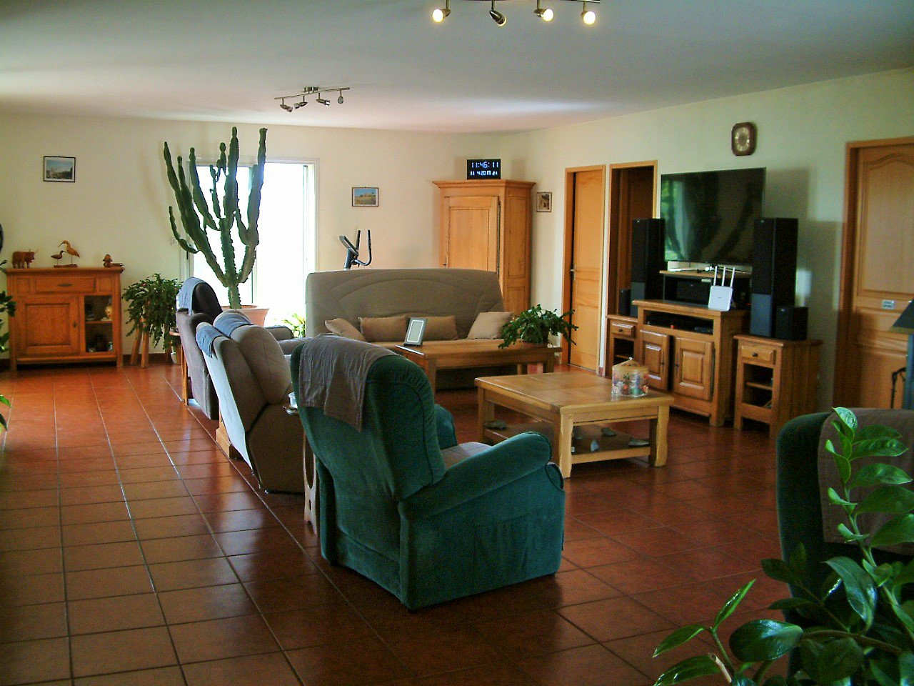 Spacious villa 200 m2 one-level