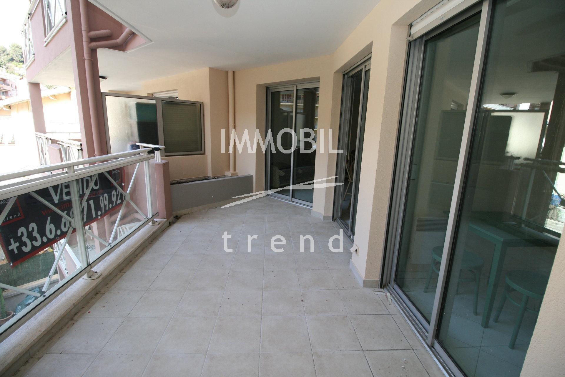 EXCLUSIVITE-Menton residence standing, appartement de 52 m2, terrasse, avec cave