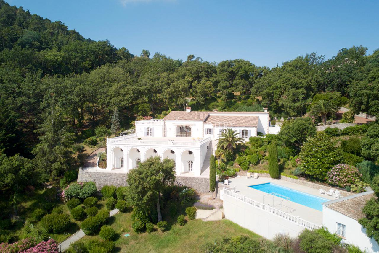 VIlla for sale near Mandelieu-la-Napoule, les Adrets