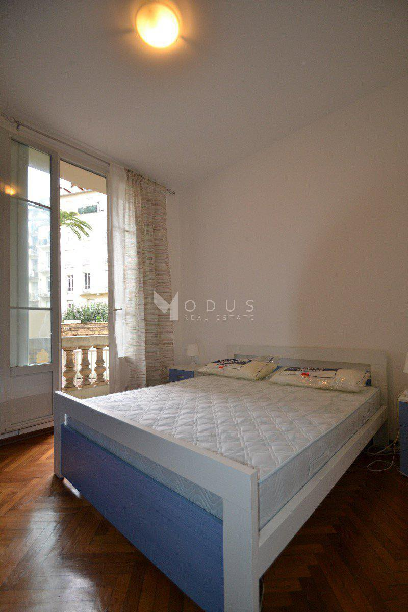 2 rooms Victor Hugo