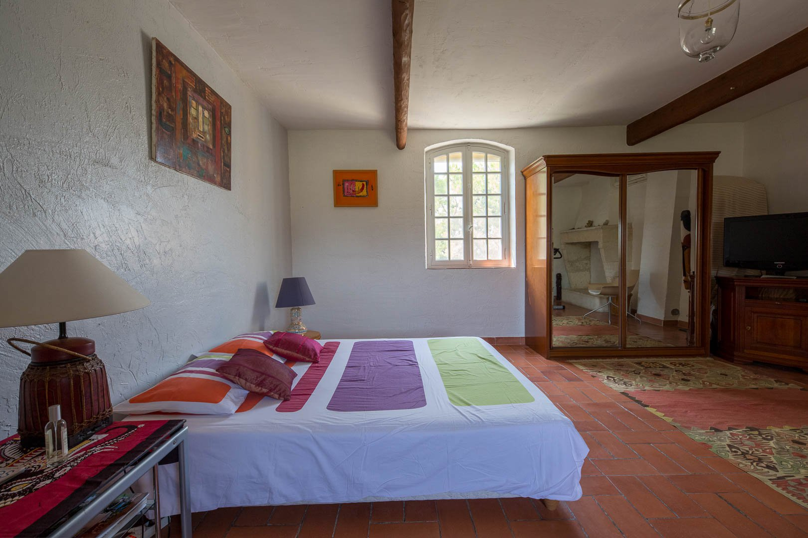 4 Bedroom Farmhouse for sale close to Arles and the Camargue