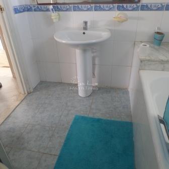 Hammamet Duplex S+3 de 135 m2 avec piscine 300 m de la mer