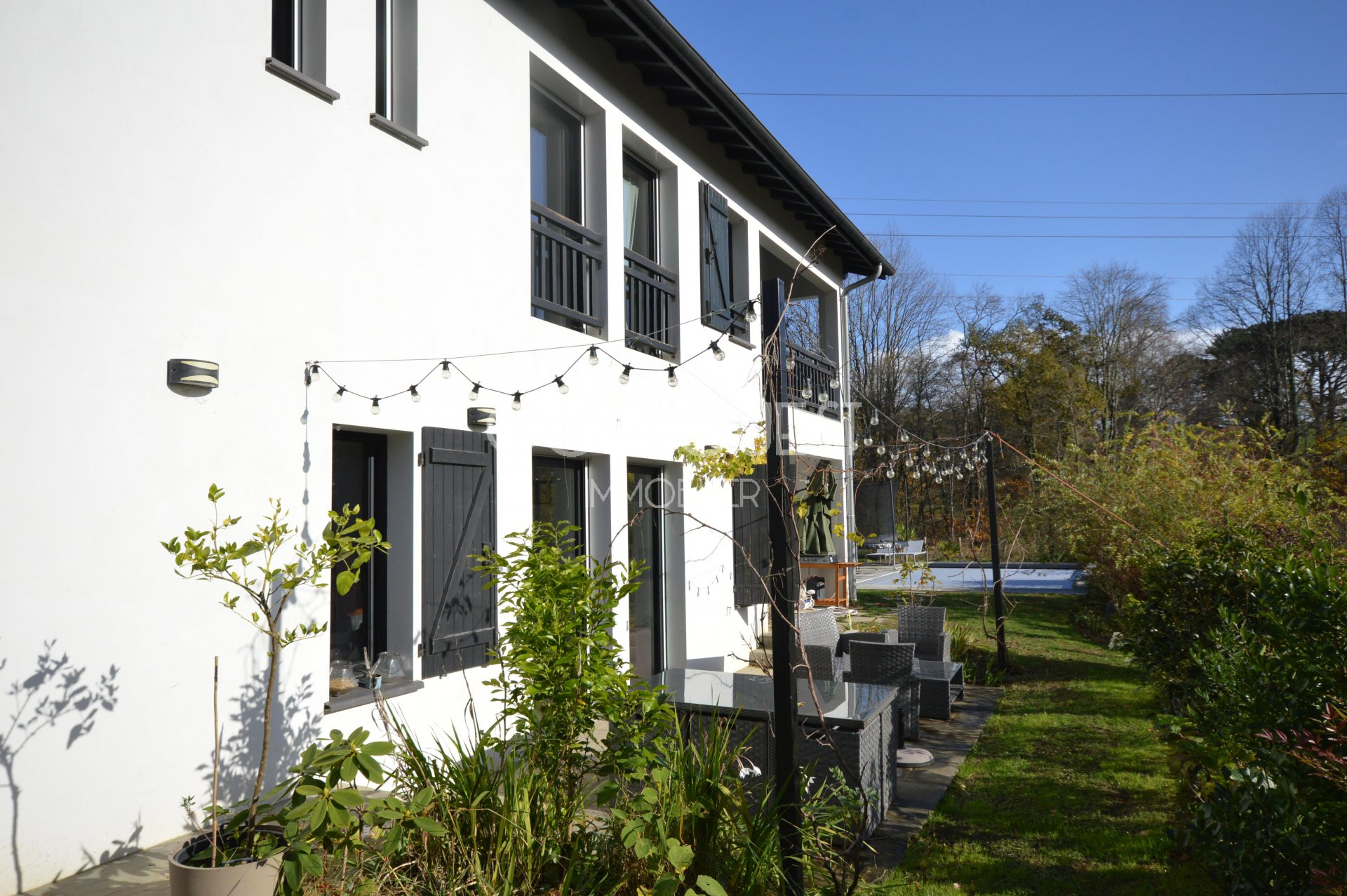 SAINT JEAN DE LUZ – A 3-BED PROPERTY WITH A SWIMMING POOL