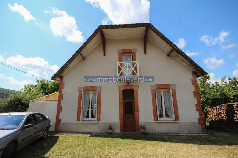 Detached house for sale near Anost in the Morvan