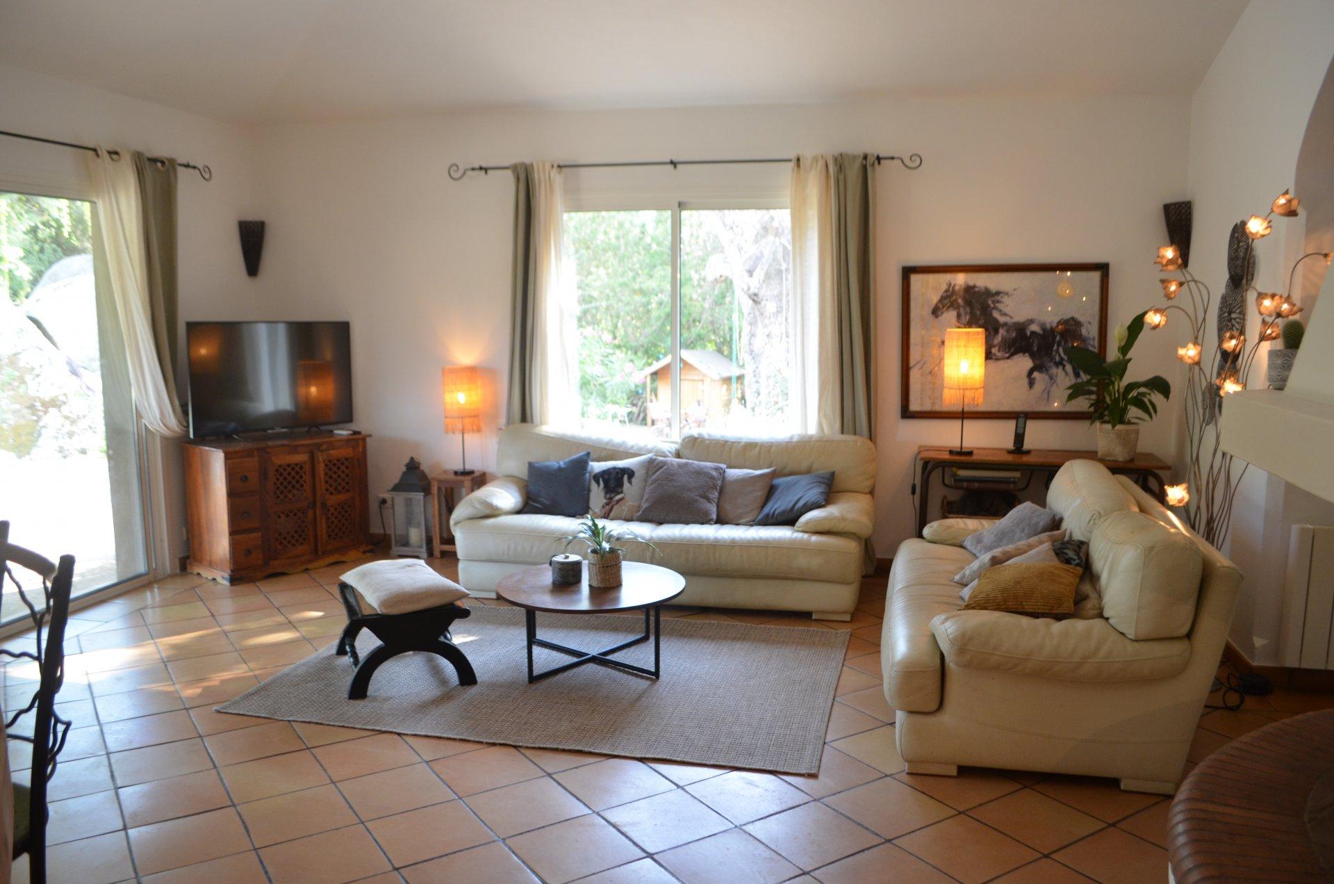 Magnifique Villa 225M2 Terrain 3500M2