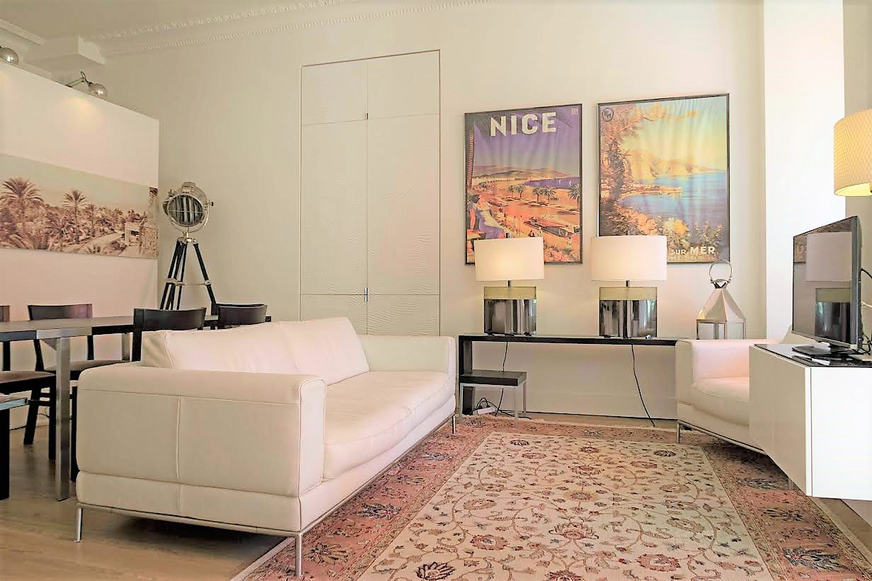 Cannes, Californie, superb one bedroom apartment redone by architect