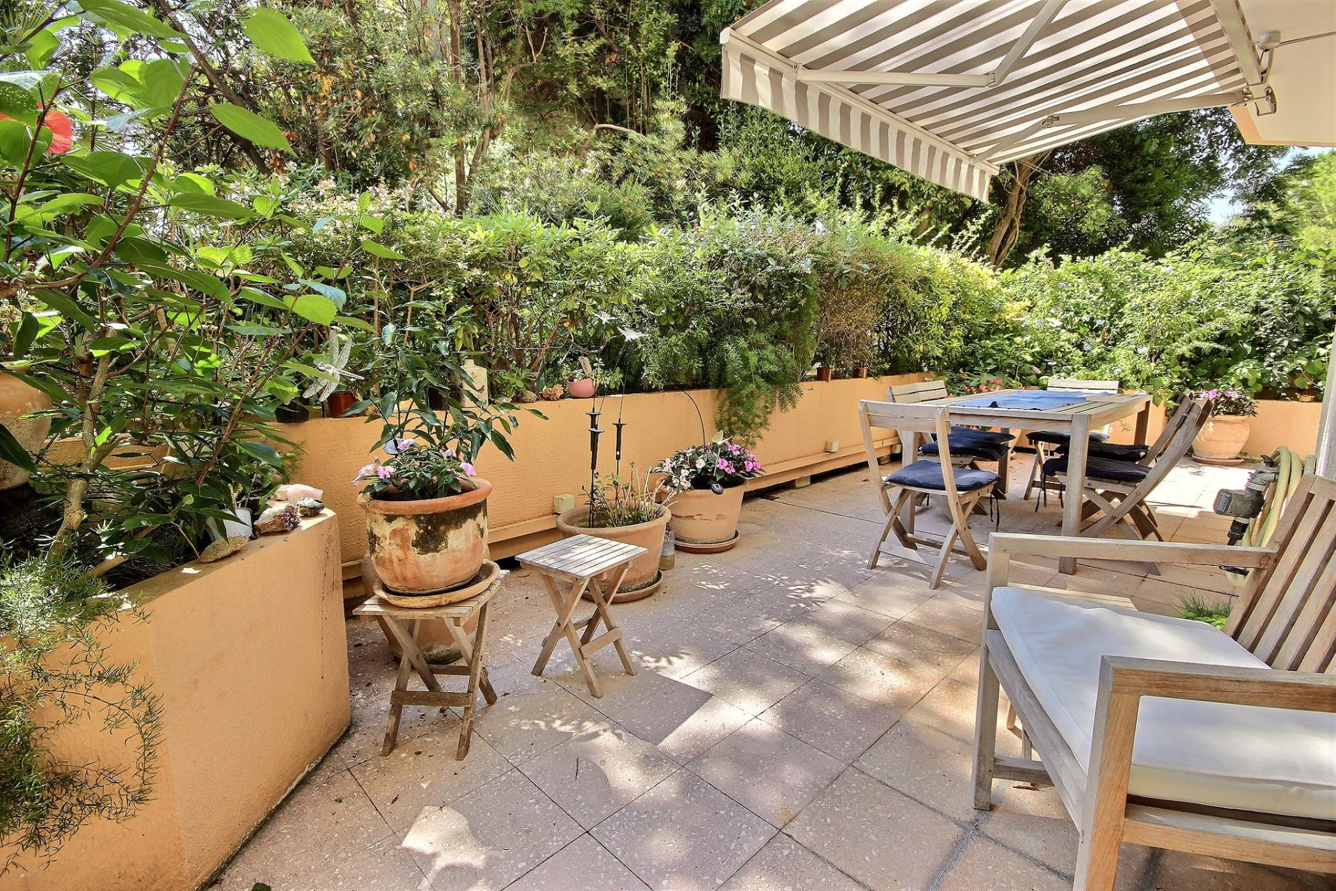 Property for sale in Cannes Palm Beach with swimming pool