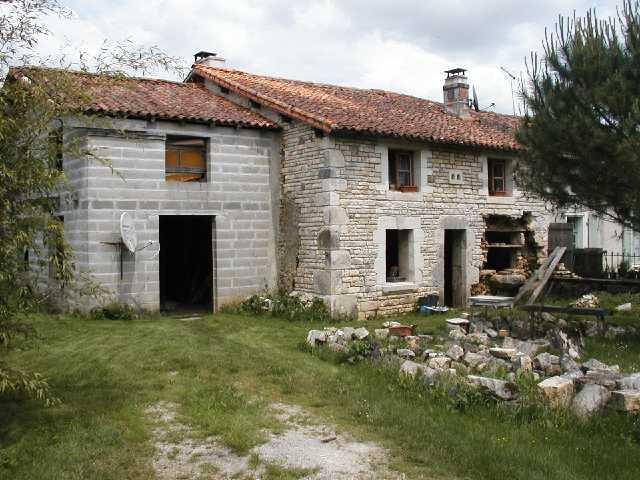 Maison - Secteur Chasseneuil sur Bonnieure