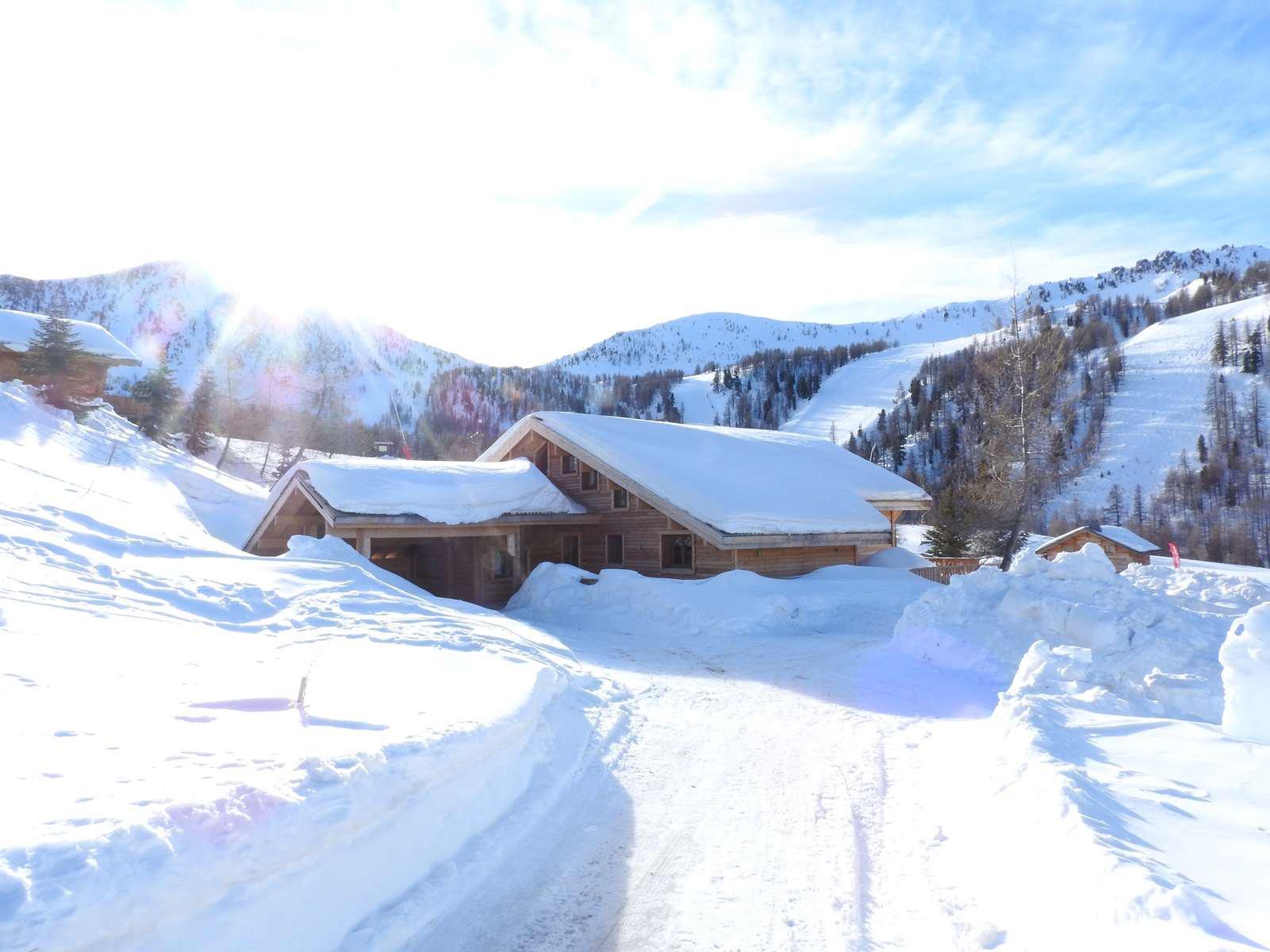 Seasonal rental Chalet - Isola 2000