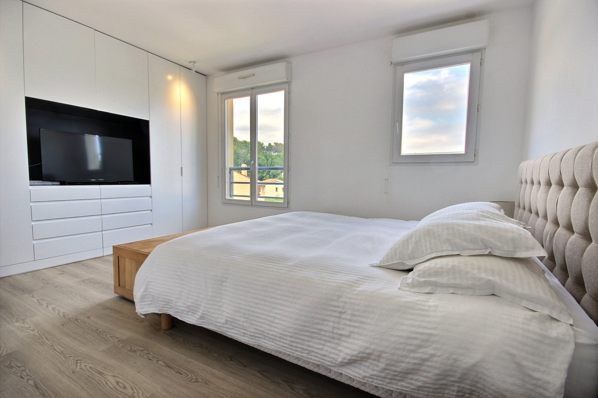 Renovated apartment Valbonne Village