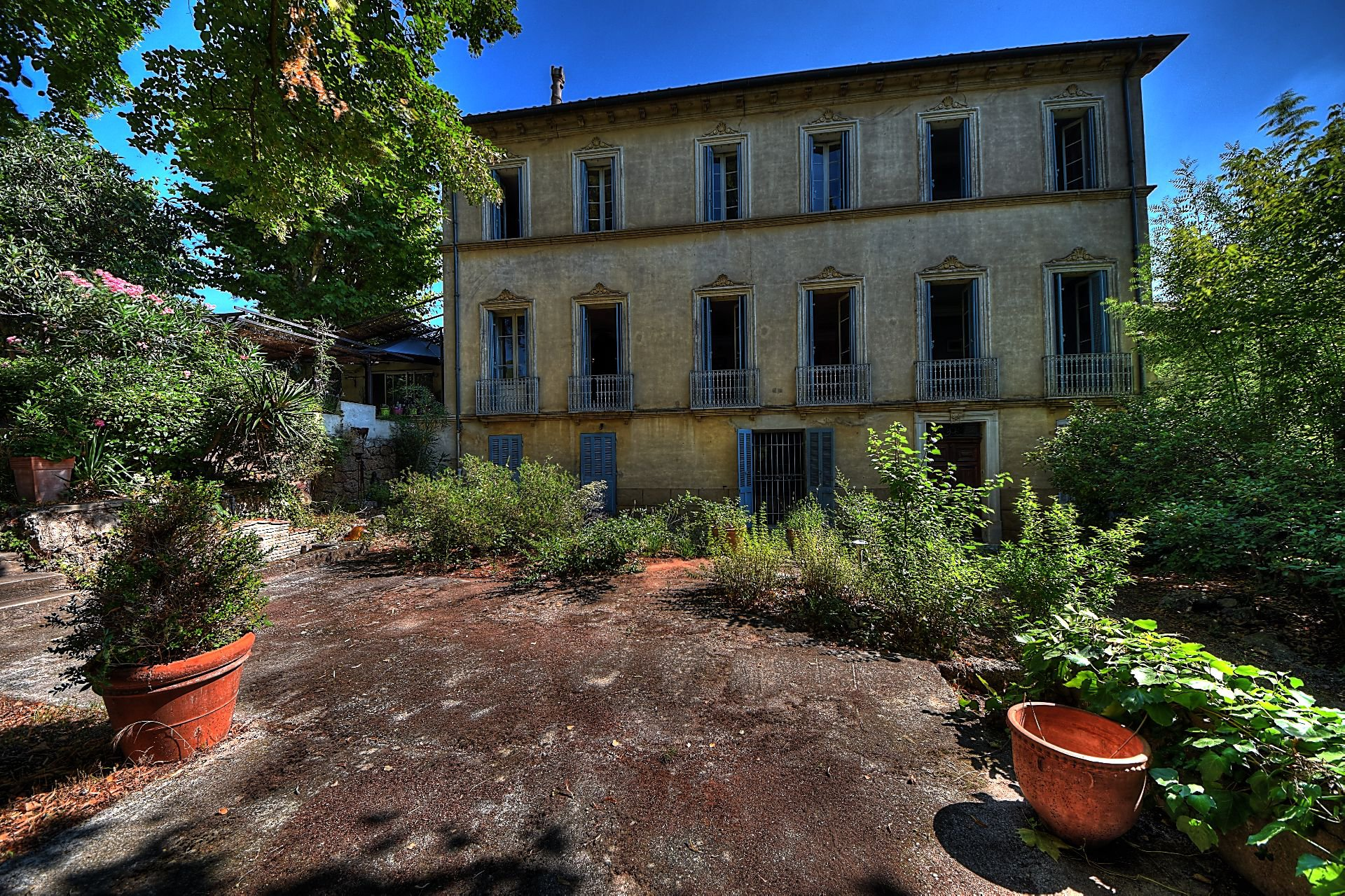 Superb mansionwith beautiful garden - In the heart of the village - Les Arcs Var Provence