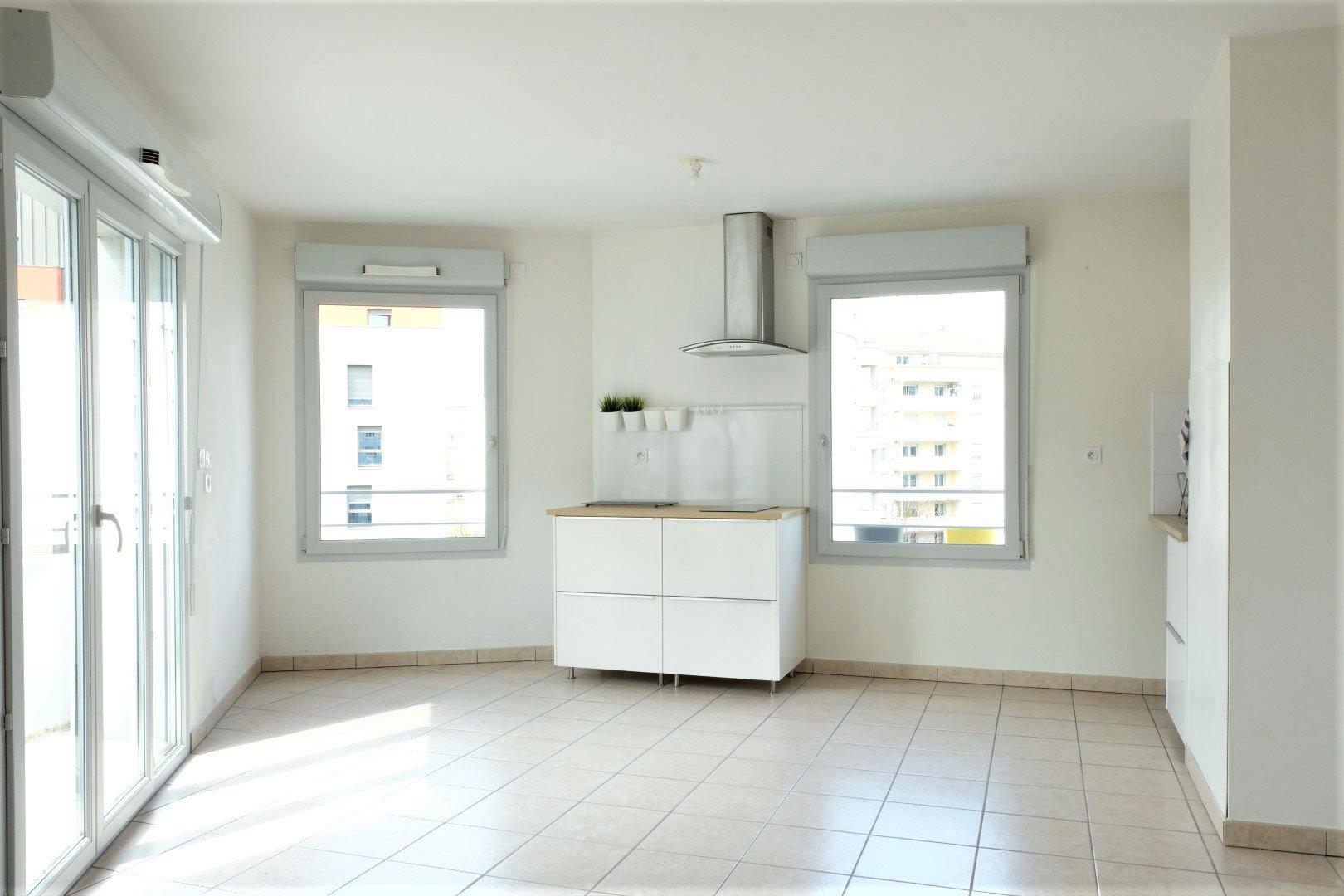 Location Appartement Surface de 60 m², 3 pièces, Lyon 7ème (69007)