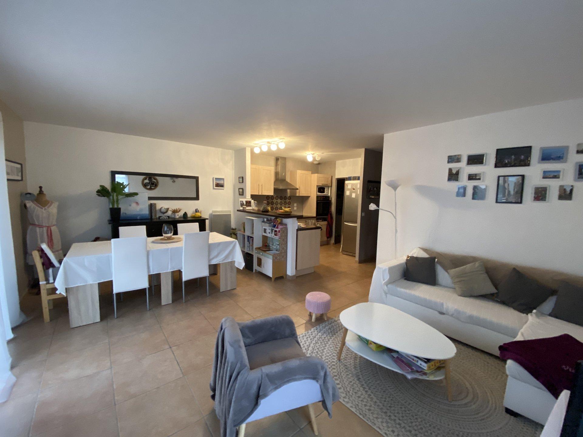 Sale House - Mios