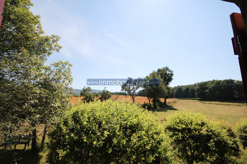 Exclusive- La Tagnière, Burgundy, beautiful fermette completely independent