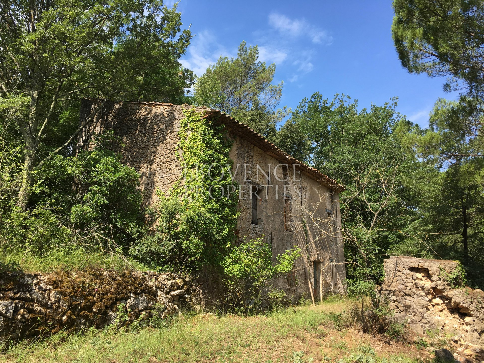 Rare bastide to be renovated