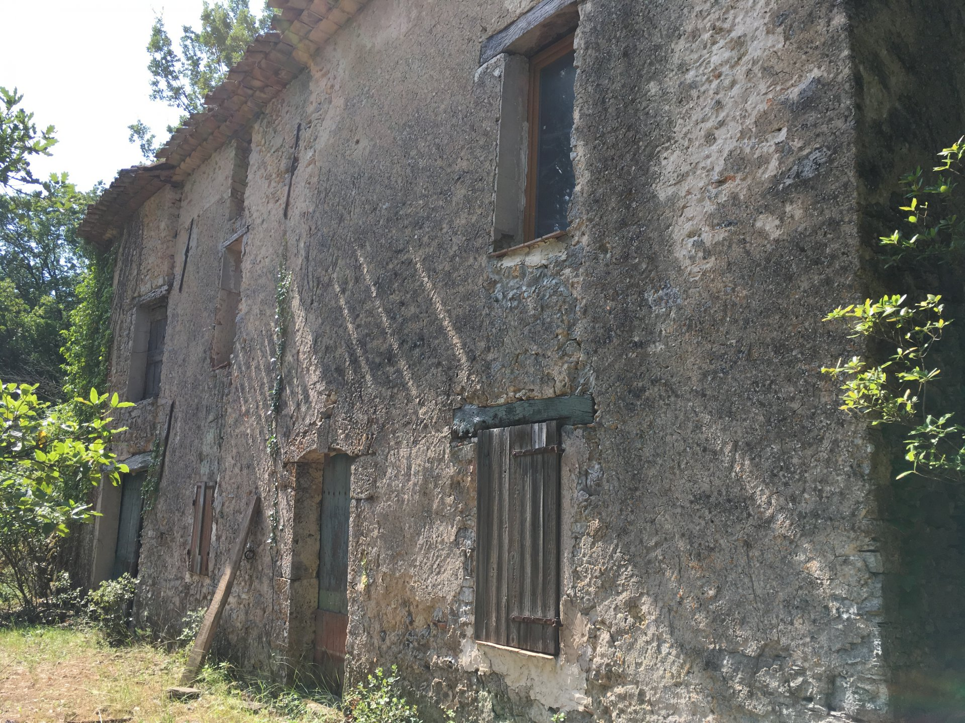 Rare bastide to be renovated