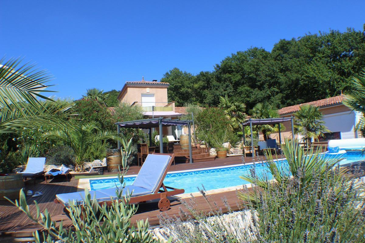 Prachtige Villa met 2 gites en uitzicht. Gers, Occitanie