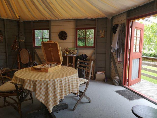 Vrijstaand Familiehuis met Atelier/ Yurt - St. Sornin la Marche