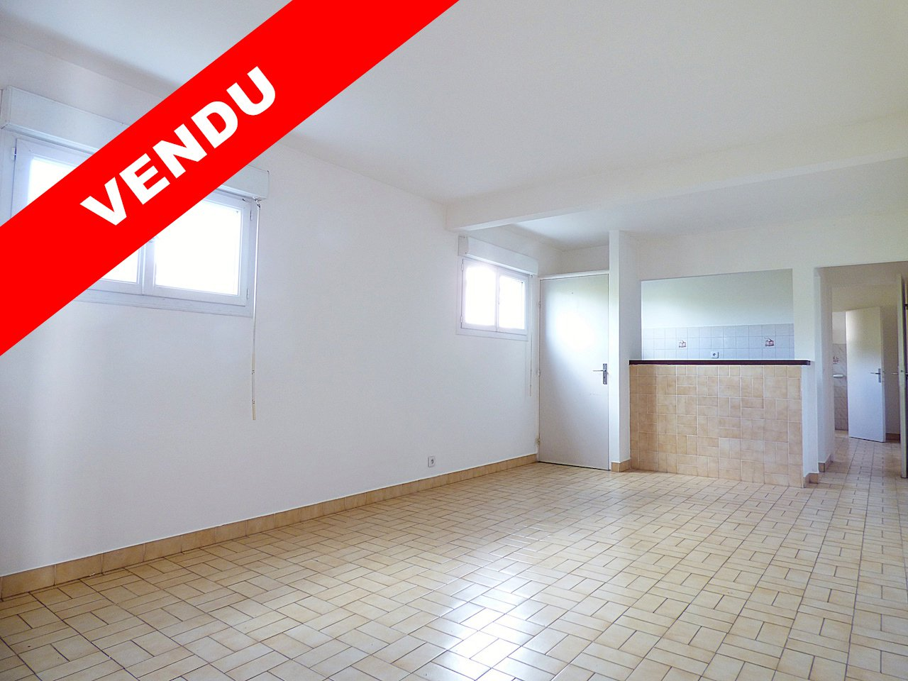 LE LAMENTIN - LONG PRE - Appartement T2 avec parking