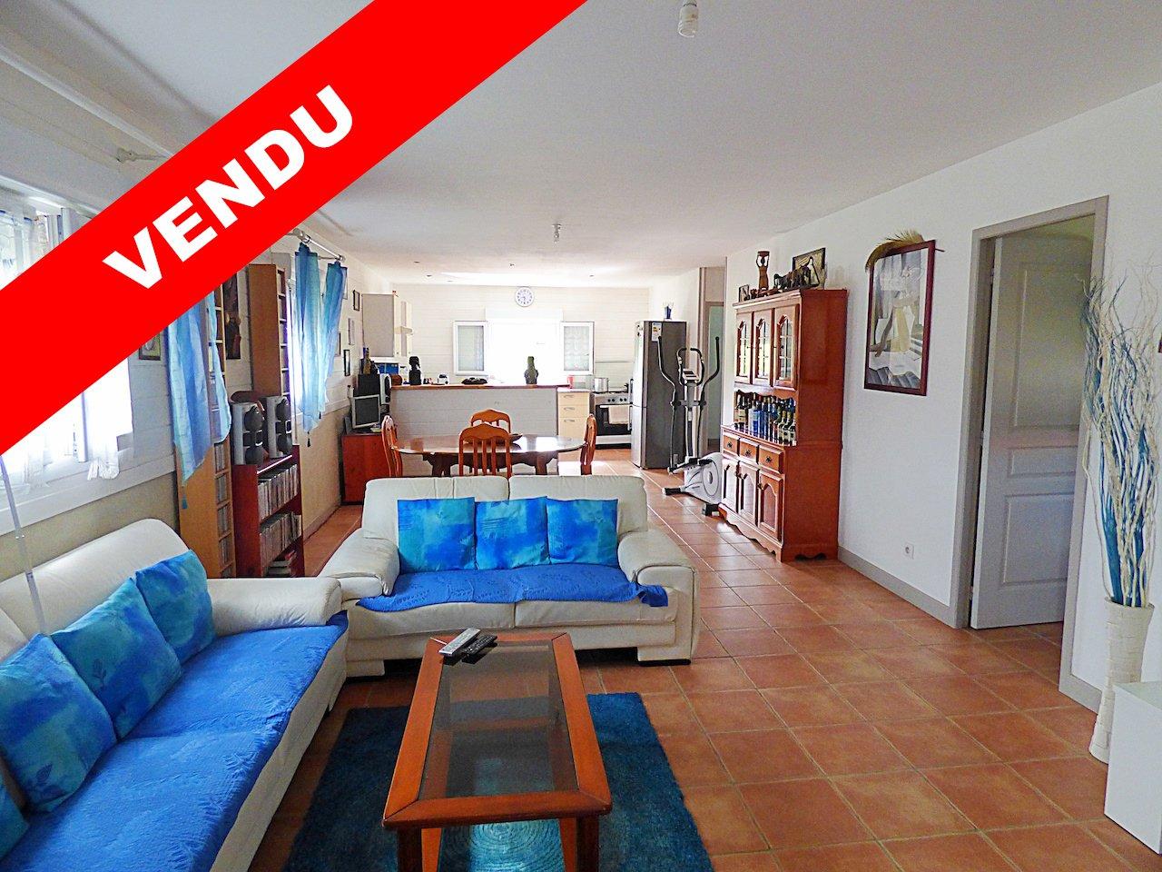 LE LAMENTIN - LONG PRE - T3 Appartement - Loué