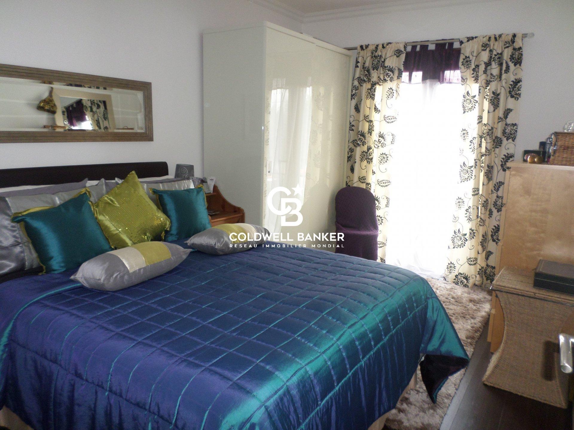 Maison à vendre, centre-ville SAUJON -