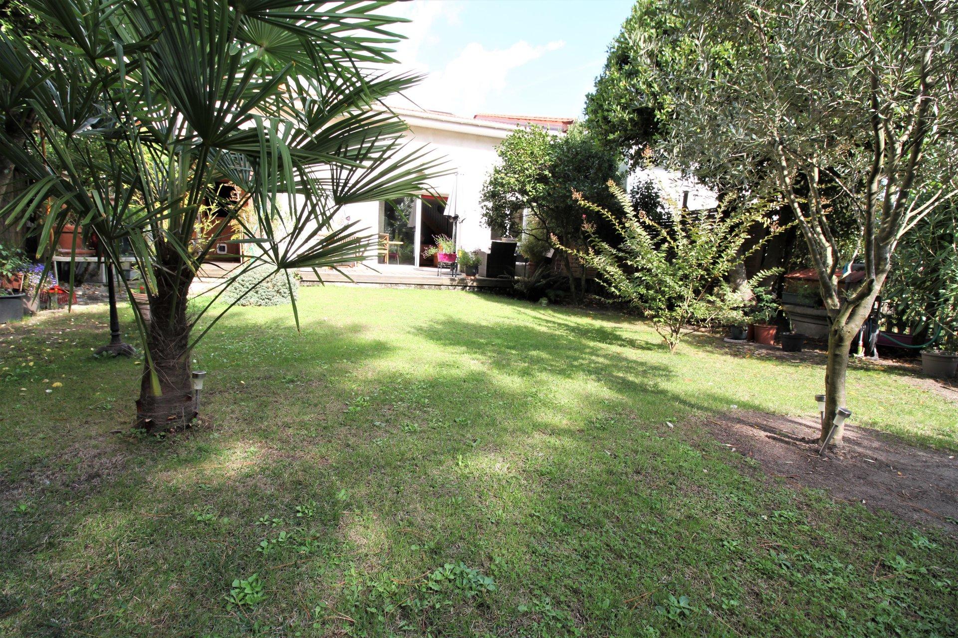 Sale House - Le Bouscat