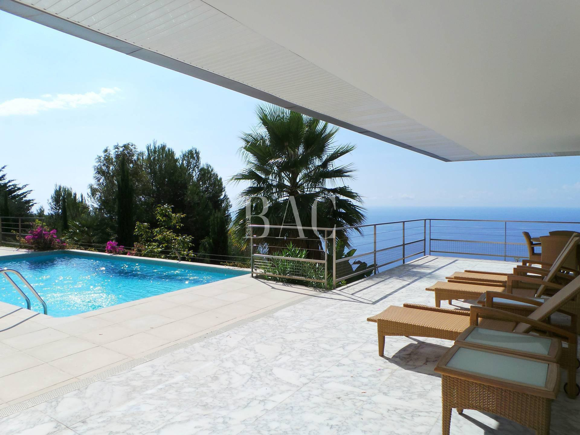 Contemporary villa in Eze St Lawrence district