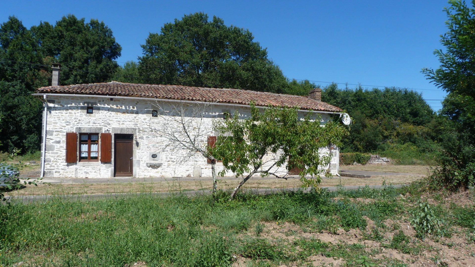 Maison de village - Secteur Champagne Mouton