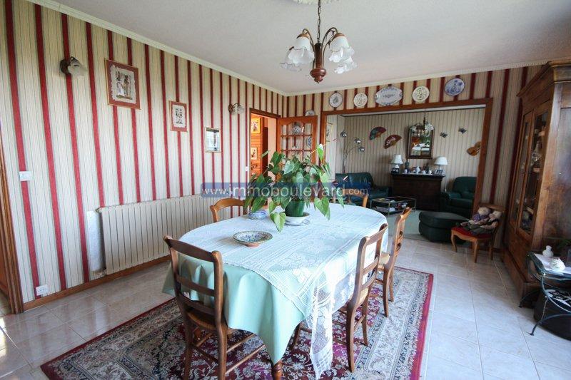 Grande maison à vendre à Chateau Chinon en Bourgogne,