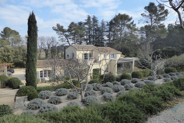Sale Property - Saint-Rémy-de-Provence