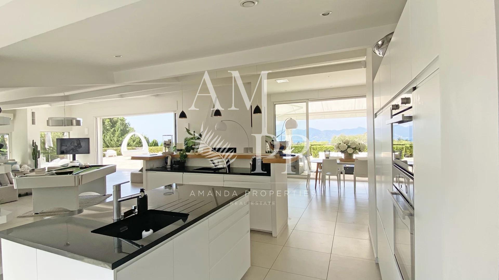 Cannes Croix des Gardes - Villa Contemporaine de 300m2 - Vue Mer Panoramique - 12 Personnes
