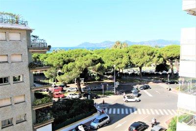 Très beau 3 Pièces Cannes Palm Beach