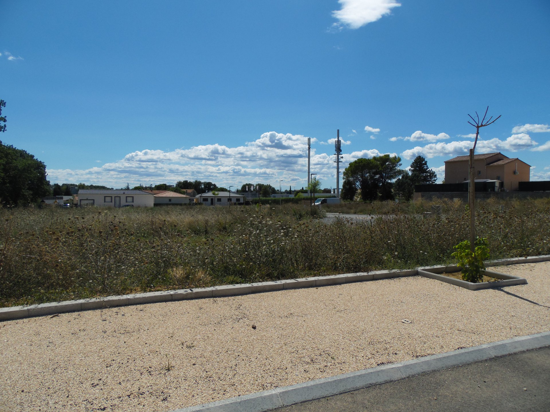 30100 ALES BUILDING LAND 505 M²