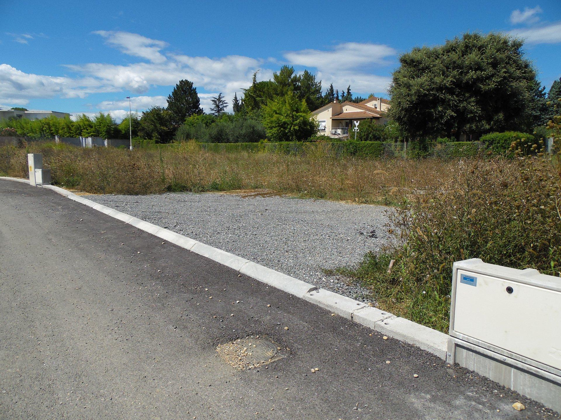 30100 ALÈS TERRAIN CONSTRUCTIBLE 719 M²