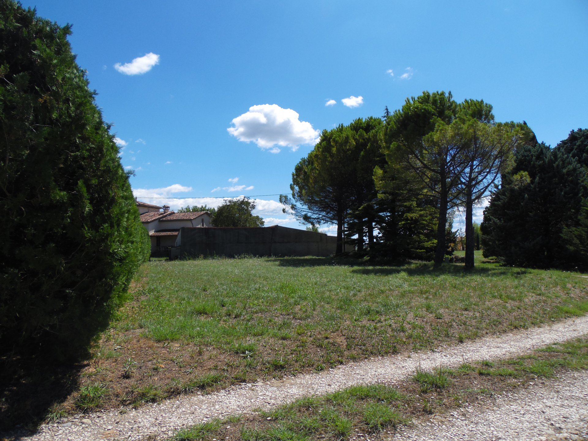 30100 ALÈS BUILDING LAND 1000 M²