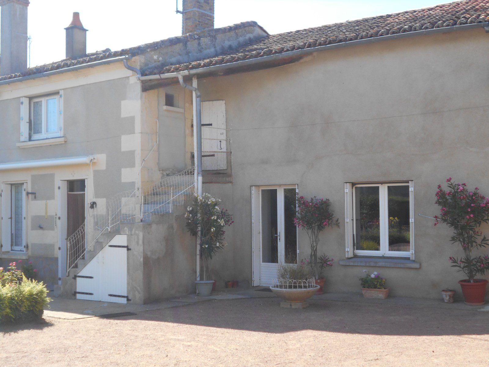 Sale House - Saint-Martin-de-Sanzay