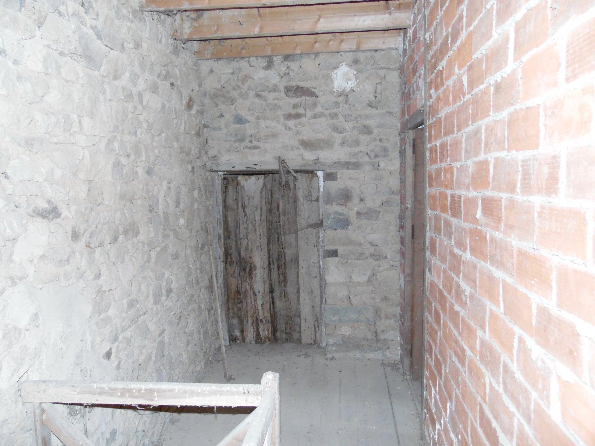 Te koop in de Creuse, te renoveren huis in een mooi gehucht.