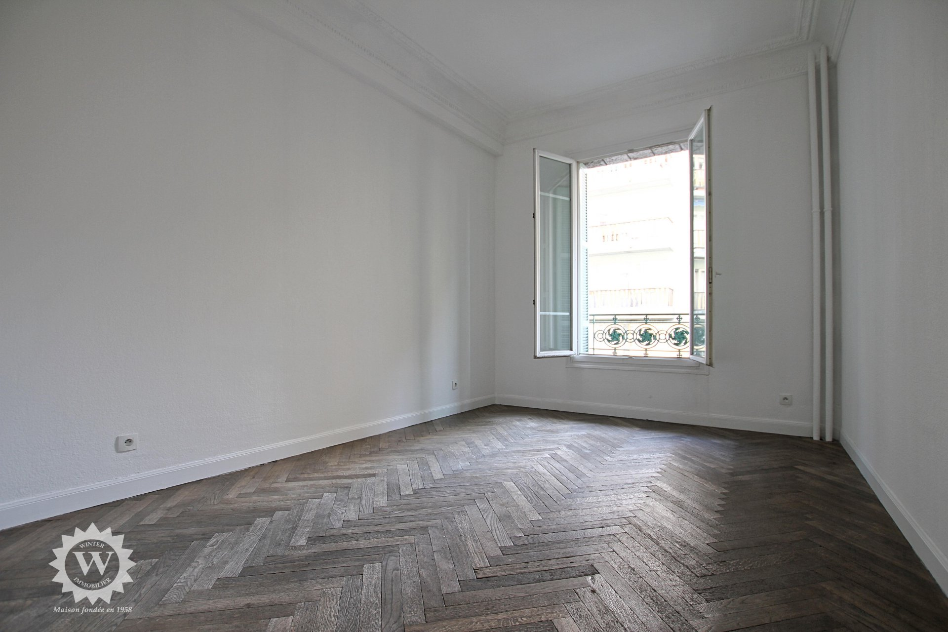 4rooms (3bedrooms) flat with terrace