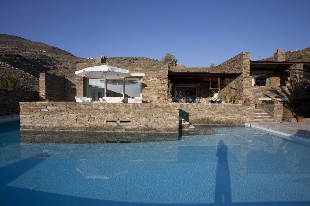 Seasonal rental Villa in Tinos  - Price on request - Carlton International