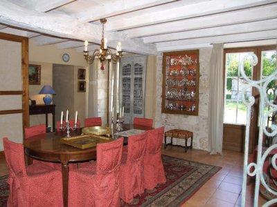 Maison XVIII ème  rénovée
