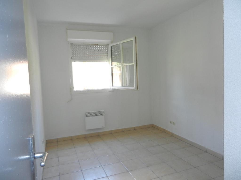 APPARTEMENT T3  de51 m² RDC -  BALCON et 2 PARKING PRIVE