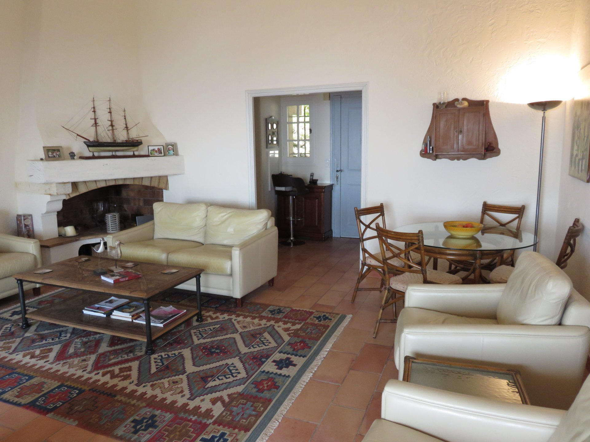 Luxurious renovated villa 5 rooms
