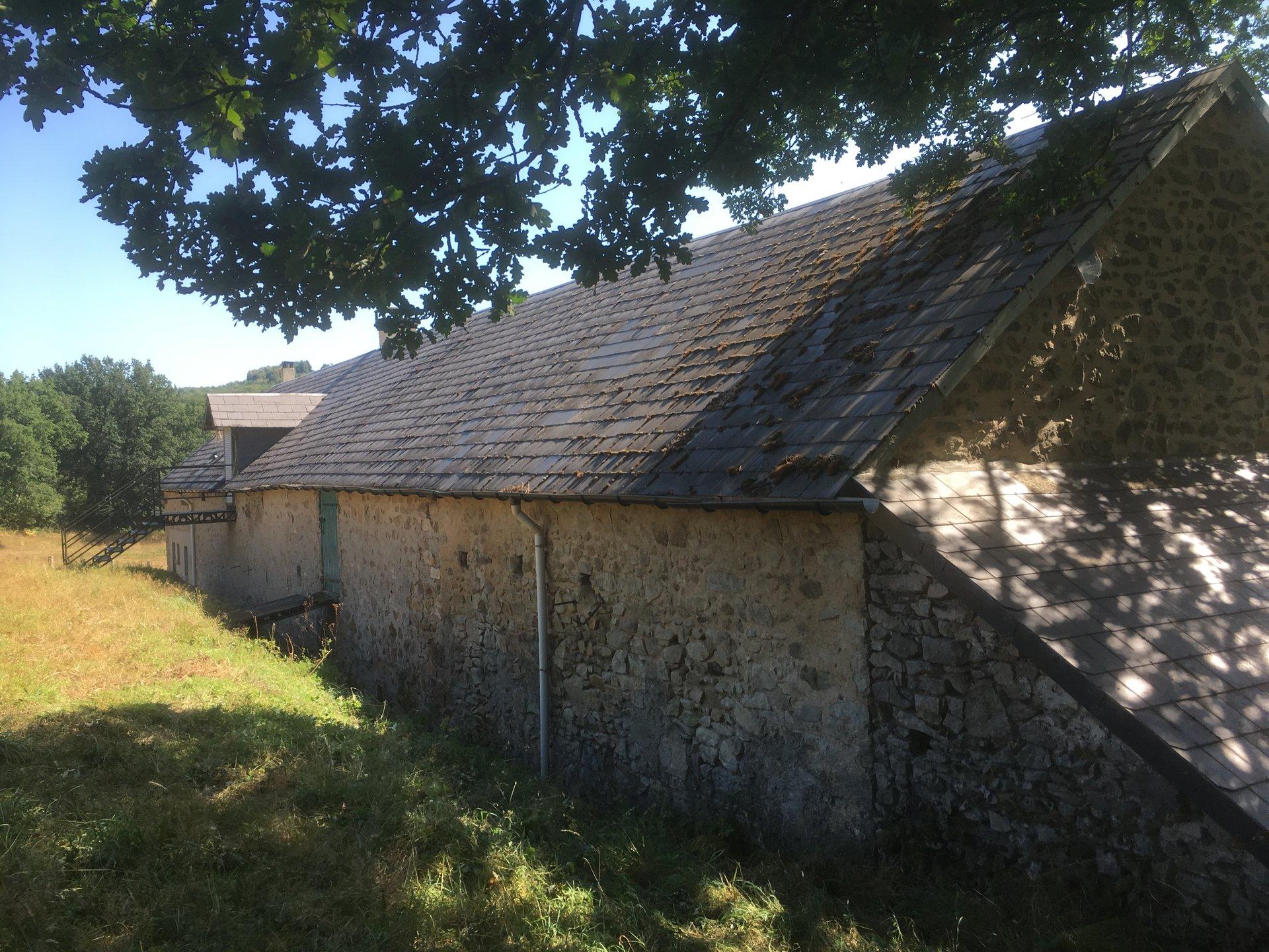Belle longère à vendre en Bourgogne (Morvan) sur 3 ha